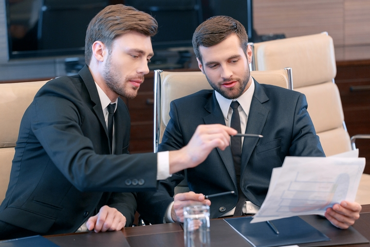 5 Steps to Find the Best Corporate Lawyer