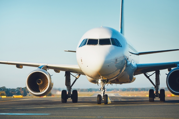 How to Become a Pilot: 7 Steps to Start an Aviation Career