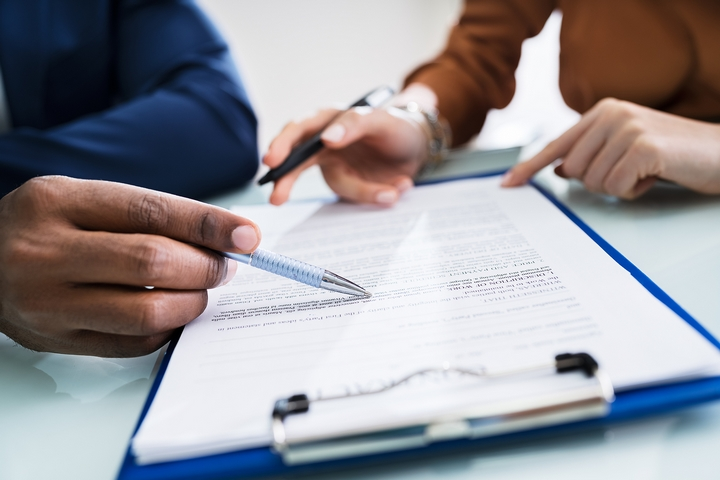 Six Pointers to Consider Before Signing Your First Job Contract