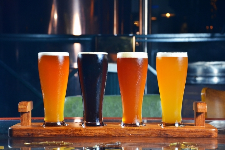 9 Types of Barware Glasses Used in Restaurants